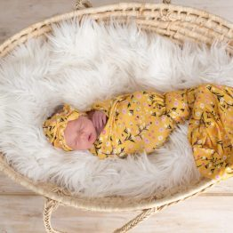 Babys Breath Swaddle & Headwrap Set