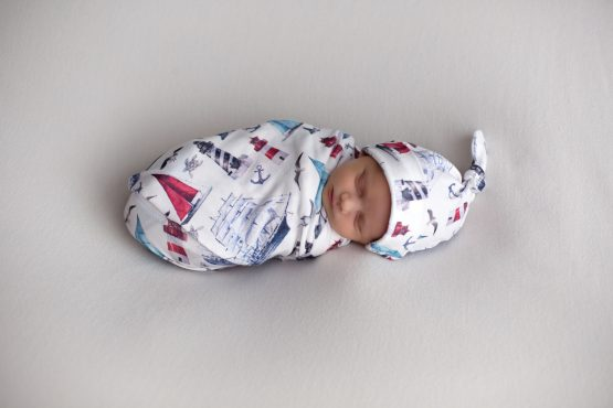 'Sail Away' Swaddle Blanket & Newborn Top Knot Beanie Set