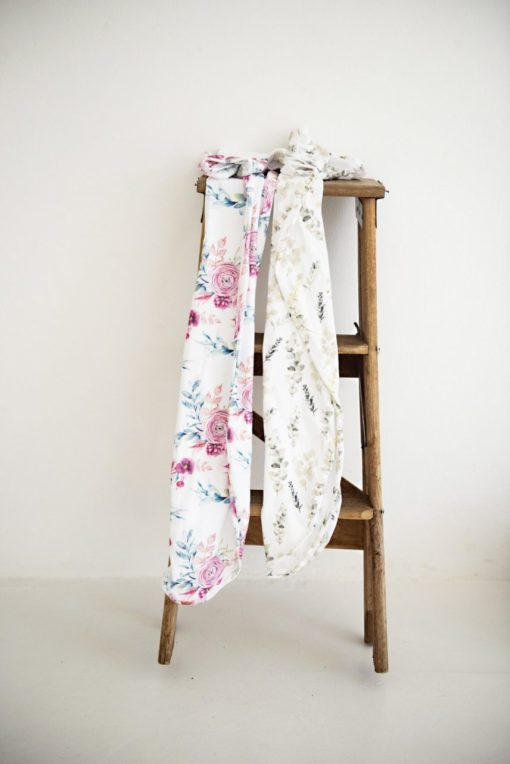 Peony Blooms 4 in 1 Nursing Multicover